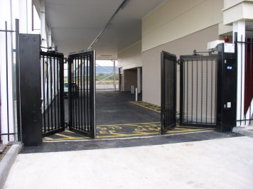 Zabag bi-folding gate with Daab drives