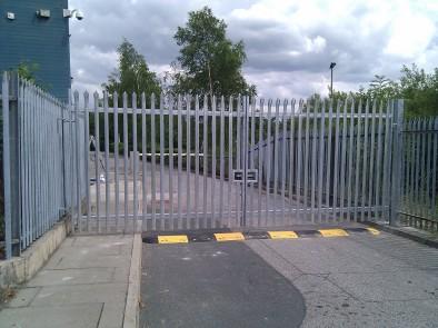 Manual Pallisade swing gates